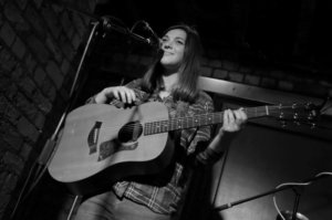 Sailing Stones (Solo) feat. James Holt and Hannah Ashcroft – Live Review